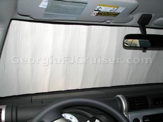 FJ Cruiser - Accessories - Intro-Tech Sunshade - Picture 2 - Small