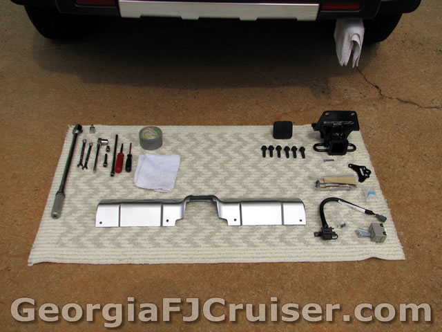 picture_toyota_fj_cruiser_trailer_hitch_install_2 drop hitch rear skid??? page 4 toyota fj cruiser forum FJ Cruiser Hitch Wiring at bakdesigns.co