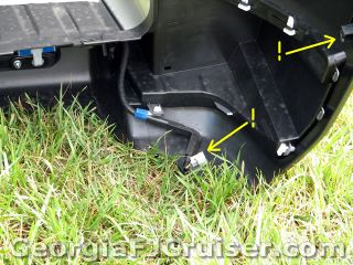 FJ Cruiser - 'Factory' Tow Hitch Installation -  Picture 5 - Small